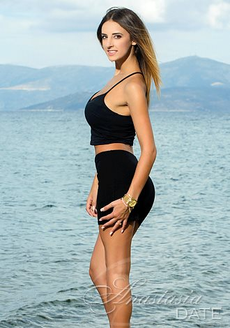 Greece woman dating  Ioulia from Athens     yo  hair color Fair
